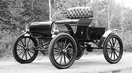 The first San Antonio car dealership was a bike, photo and typewriter repair shop that started selling 1902 Curved Dash Oldsmobiles.