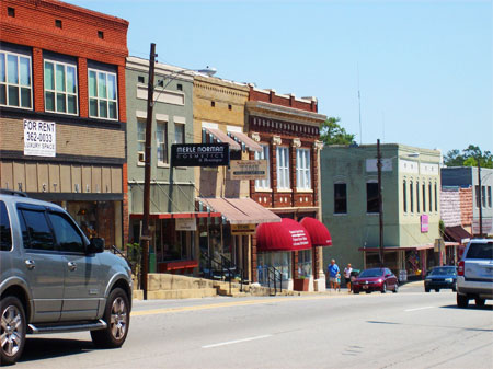 Downtown Heber Springs, Ark., a beautiful, friendly town that swells from 6,000 to 30,000 during tourist season.